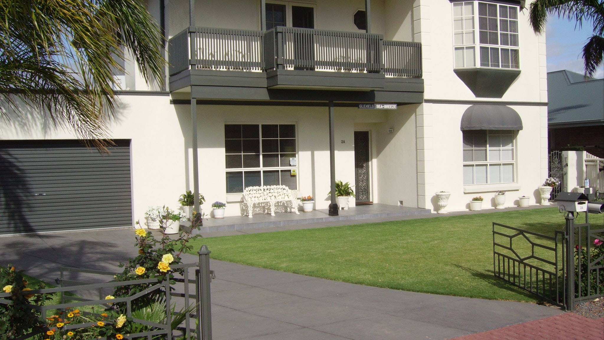 Glenelg Sea-Breeze B&B
