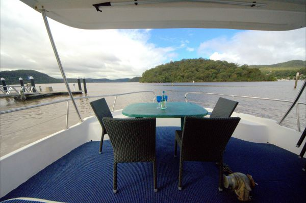 Luxury Afloat Hawkesbury River and Brooklyn - Accommodation BNB