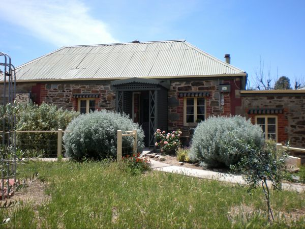Olive Grove Retreat - Accommodation BNB