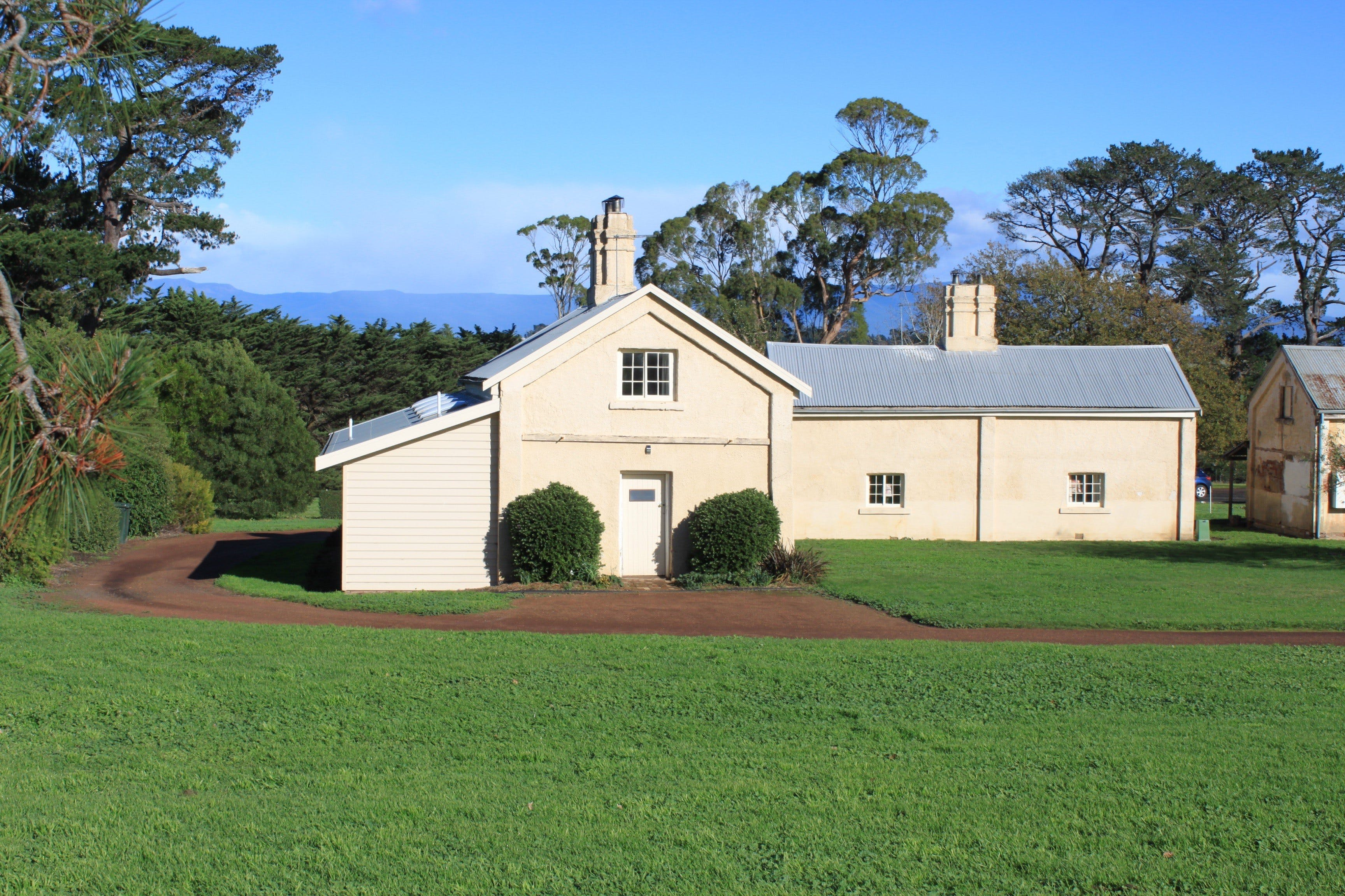 Woolmers Estate Accommodation - Accommodation BNB