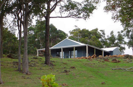 Vista Ridge Estate - Top Paddock Cottage - Accommodation BNB