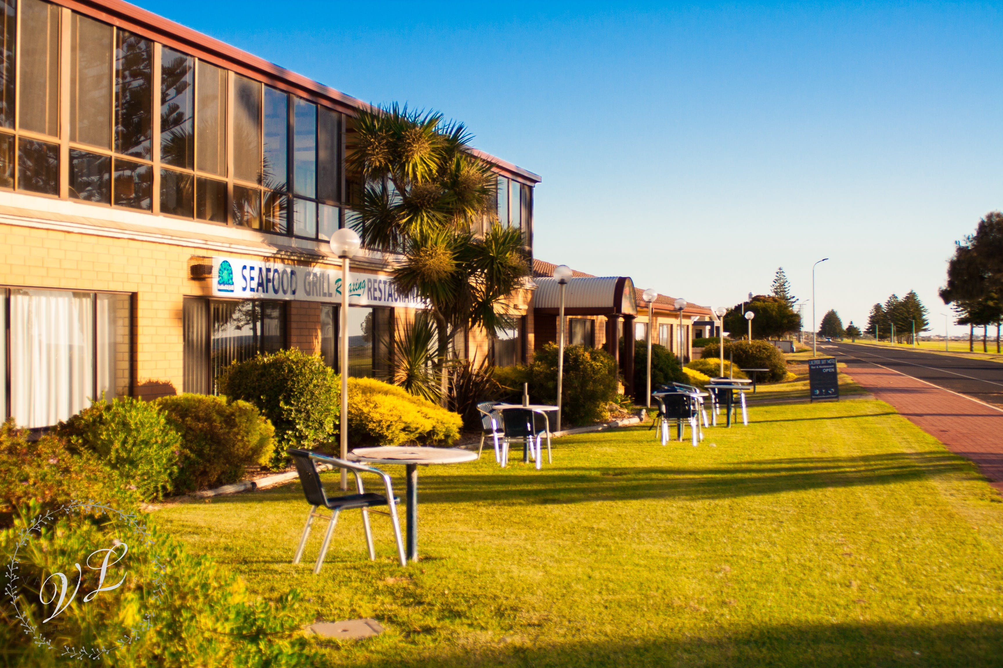 Lacepede Bay Motel  Restaurant - Accommodation BNB