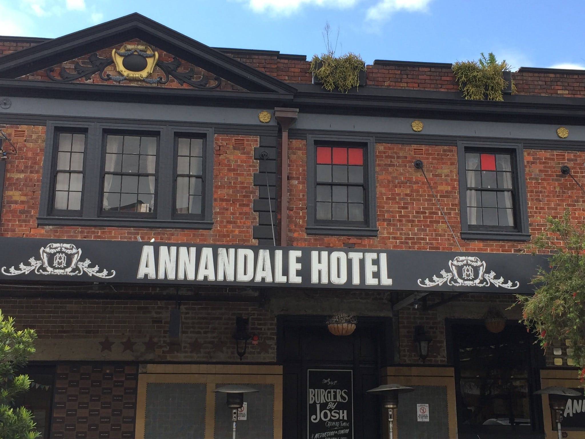 Annandale Hotel - Accommodation BNB