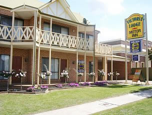 Victoria Lake Holiday Park - Accommodation BNB