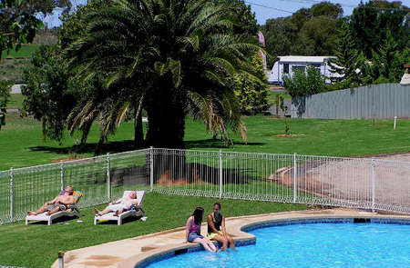 Swan Hill Holiday Park - Accommodation BNB