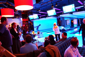 Strike Bowling Bar - EQ - Accommodation BNB