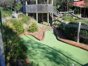 Spring Park Golf - Accommodation BNB