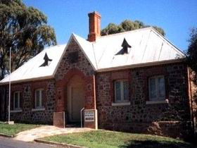 Old Police Station Museum - Accommodation BNB