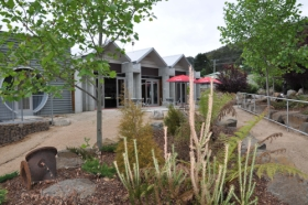 Tin Dragon Interpretation Centre and Cafe - Accommodation BNB