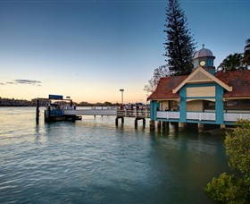 Oxford Street Bulimba - Accommodation BNB