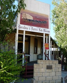 Barcaldine and District Museum - Accommodation BNB