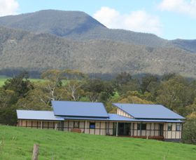 Australian Pottery at Bemboka