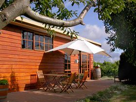 Brook Eden Vineyard - Accommodation BNB