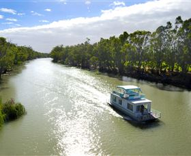 Edward River - Accommodation BNB