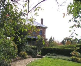 Harper's Mansion NT NSW - Accommodation BNB