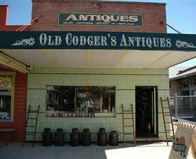 Old Codgers Antiques - Accommodation BNB