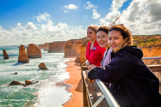 4-Day Melbourne Tour City Sightseeing Great Ocean Road and Phillip Island - Accommodation BNB