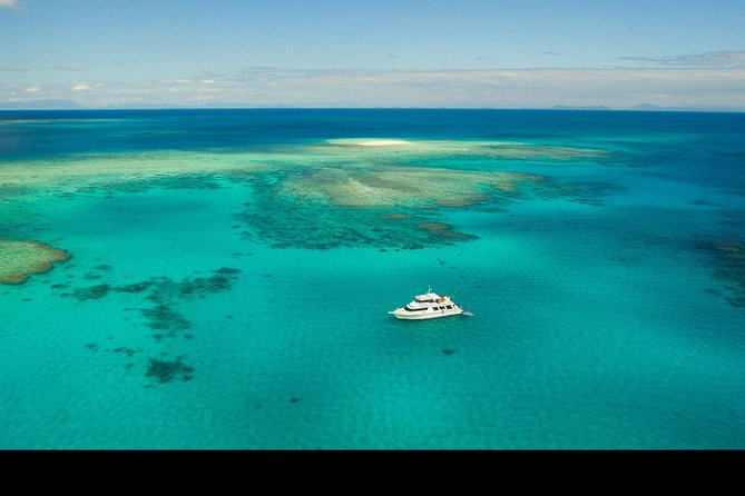 Great Barrier Reef Dive and Snorkel Cruise from Mission Beach - Accommodation BNB
