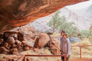 Uluru Base and Sunset Half-Day Trip with Optional Outback BBQ Dinner - Accommodation BNB