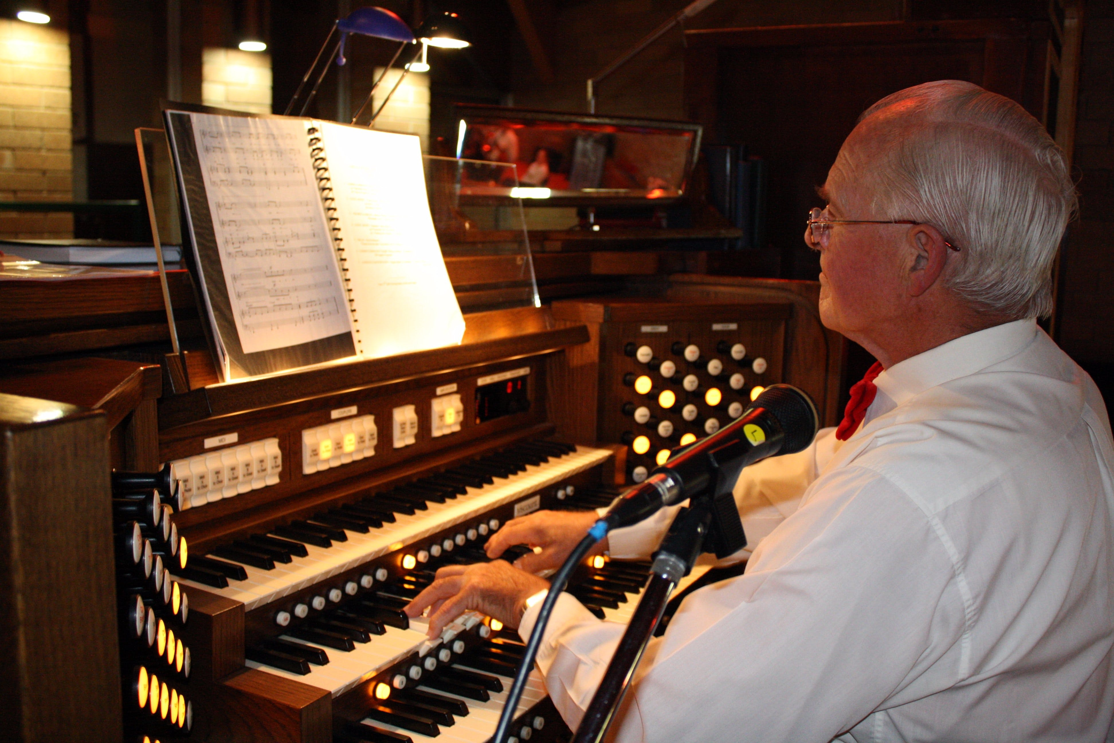 St Bartholomews Largest Digital Pipe Organ in the Southern Hemisphere - Accommodation BNB