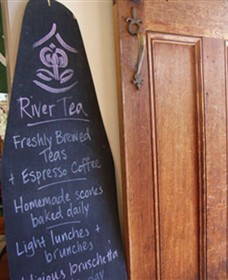 River Tea House - Accommodation BNB