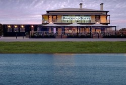 Birkenhead Tavern - Accommodation BNB