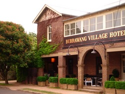 Burrawang Village Hotel - Accommodation BNB