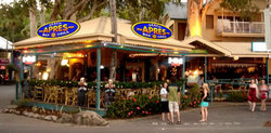 Apres Beach Bar  Grill - Palm Cove