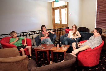 Hibernian Hotel Beechworth - Accommodation BNB