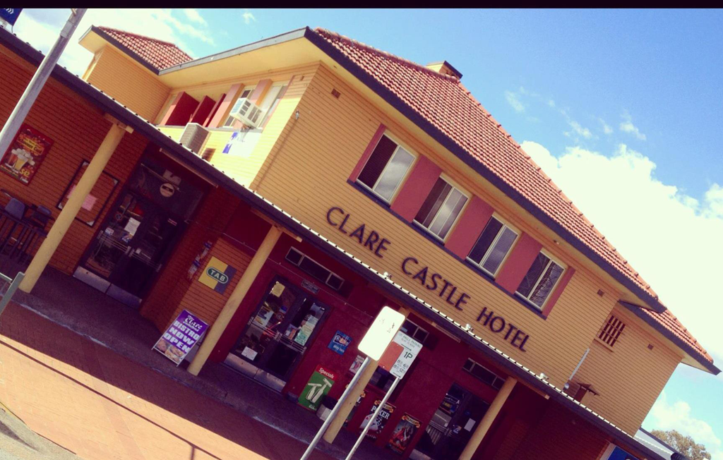 Clare Castle Hotel - Accommodation BNB