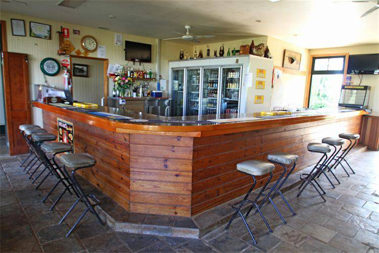 Garradunga Hotel - Accommodation BNB
