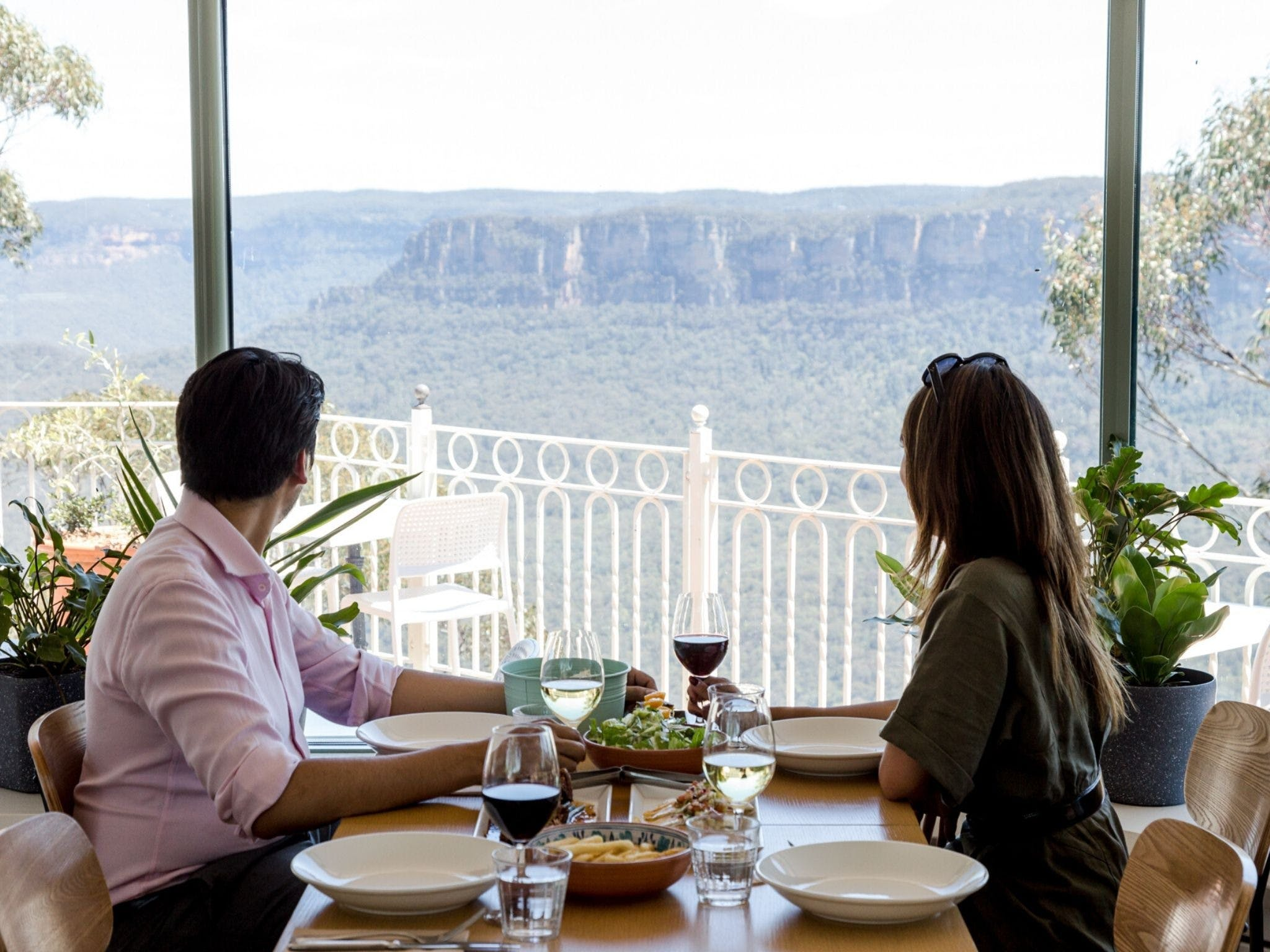 Christmas Day Lunch at The Lookout Echo Point - Accommodation BNB