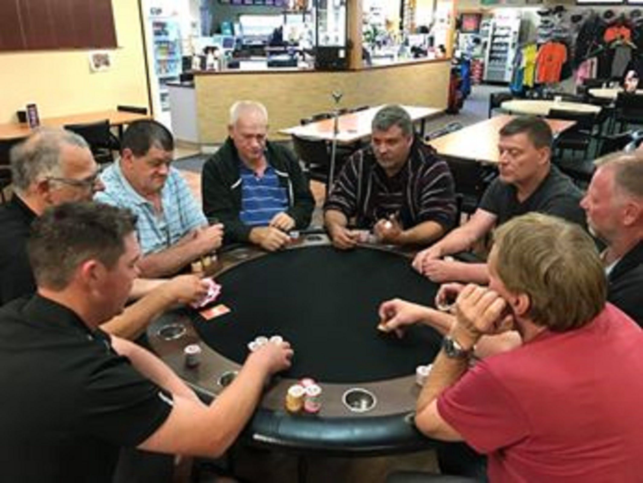 Numurkah Golf and Bowls Club - Poker Wednesday - Accommodation BNB