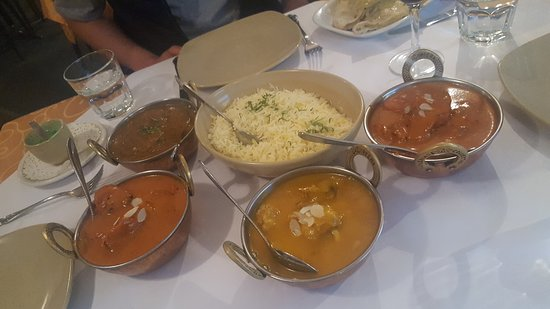 Tandoori  Curry Club - Accommodation BNB