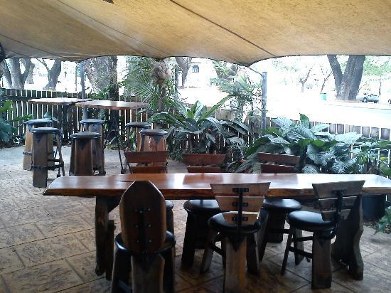 Raintrees Cafe Restaurant - Accommodation BNB