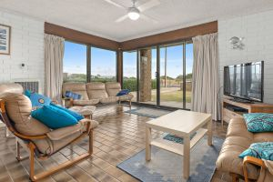 Sun  Surf Aldinga Beach Apartment - Accommodation BNB
