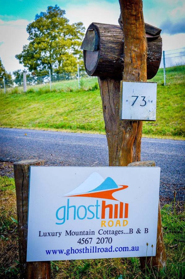 Ghost Hill Road - Accommodation BNB