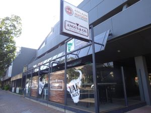 Adelaide Meridien Hotel  Apartments - Accommodation BNB