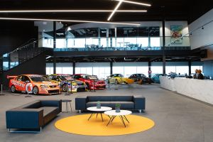 Rydges Pit Lane - Accommodation BNB