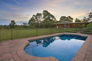 Ironstone Estate Lovedale - Accommodation BNB