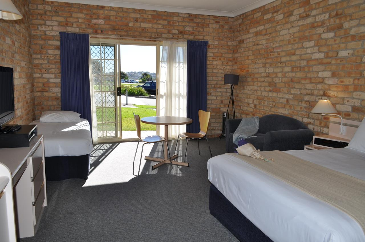 Mollymook Surfbeach Motel & Apartments - Accommodation BNB