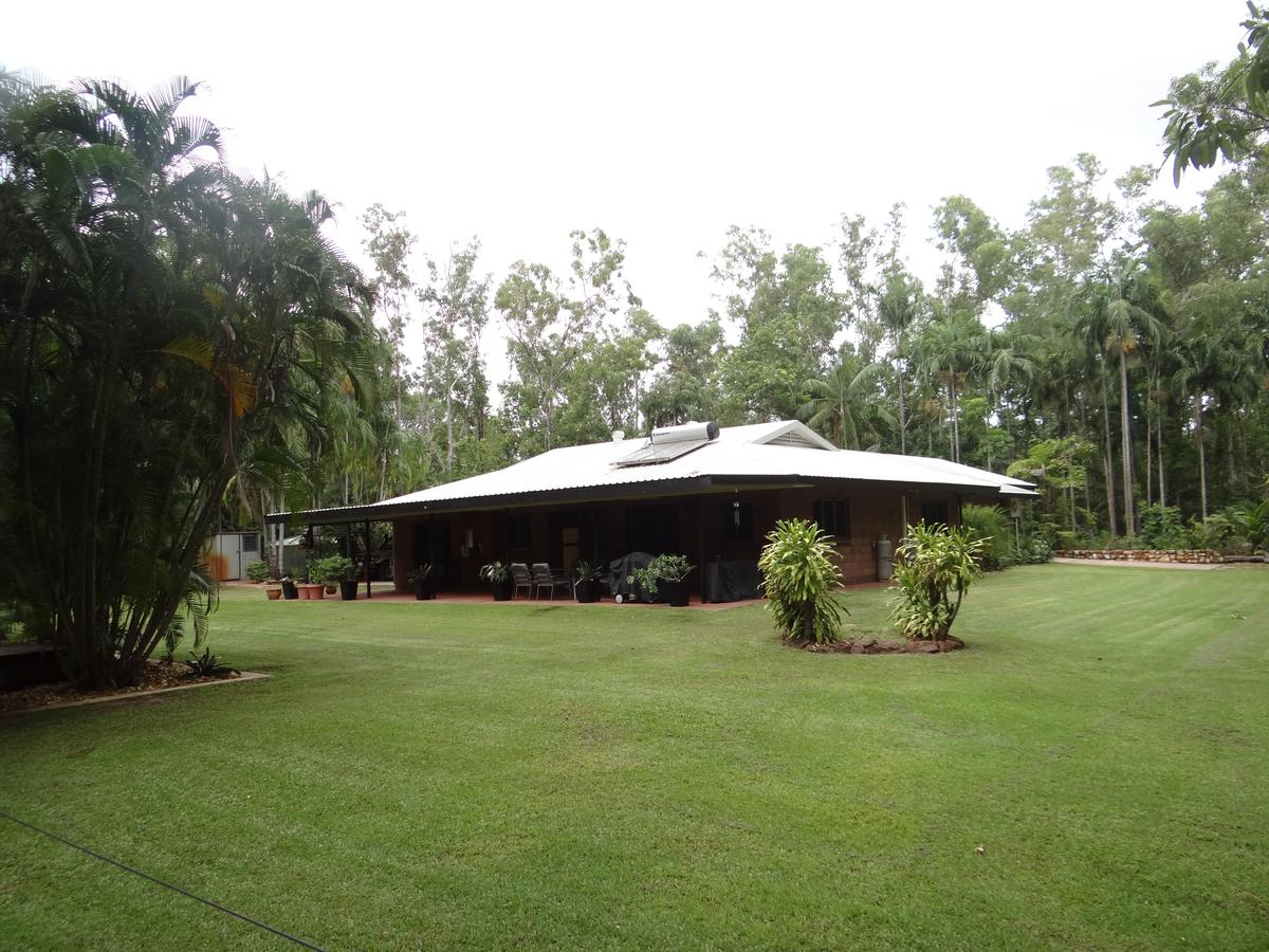 DARWIN'S SHADY ACRES RETREAT - Accommodation BNB