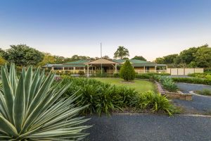 Bonville Lodge Bed  Breakfast - Accommodation BNB