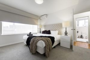 Brunswick Vibe - StayCentral - Accommodation BNB