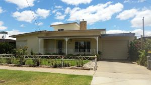City Holiday Home Mildura - Accommodation BNB