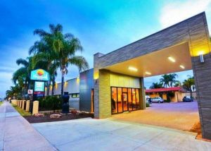 Comfort Inn Deakin Palms - Accommodation BNB