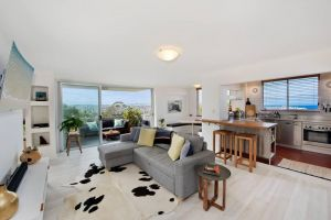 Experience Bondi Beach As Your Backdrop - Accommodation BNB