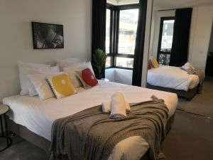 Luxe Brunswick Apartments - Accommodation BNB