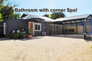MODERN  LUXURIOUS WITH SPA BATH - Accommodation BNB