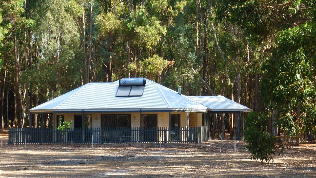 Margaret River Hideaway  Farmstay - Accommodation BNB